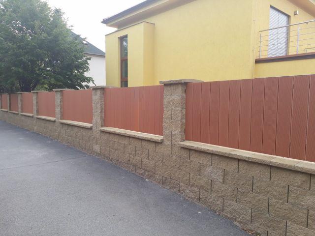 Plot z WPC terasových prken BambooGard