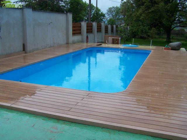 Terasa s lemem z WPC dovnitř bazénu