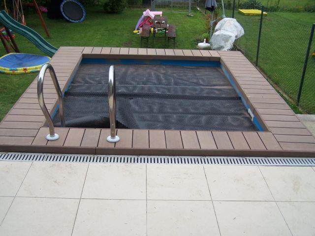 Teráska okolo ochlazovacího bazénku
